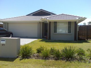 View profile: PERFECT FAMILY HOME IN FAST GROWING VICTORIA POINT - BE QUICK!!