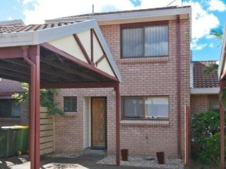 View profile: TWO BEDROOM TIDY TOWNHOUSE IN PERFECT LOCATION - BE QUCK!!