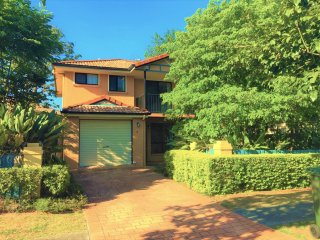 View profile: PRIVATE AND SECURE FREESTANDING TOWNHOUSE