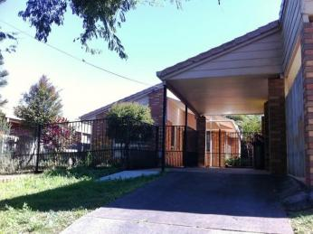 View profile: Tidy lowset 3 bedroom home